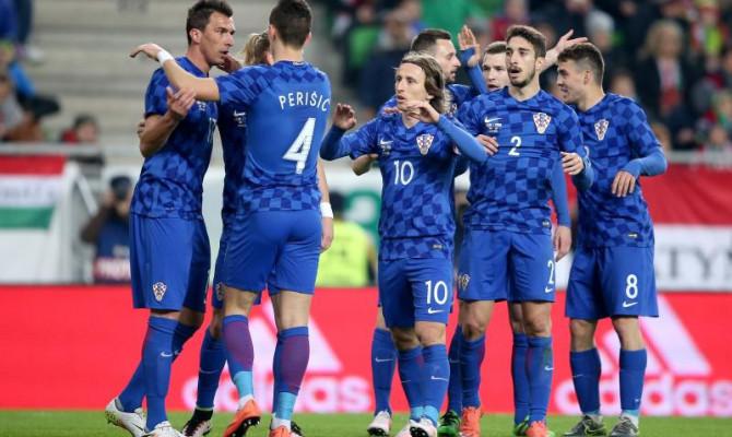 """""""Koskasti"""" milijunaši u nacionalnim dresovima. Jesmo li s ovogodišnjim nogometnim prvenstvom prokockali i ono malo pameti što smo je do sada imali?"""