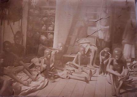 Rijetka fotografija prijevoza robova na nizozemskom brodu.