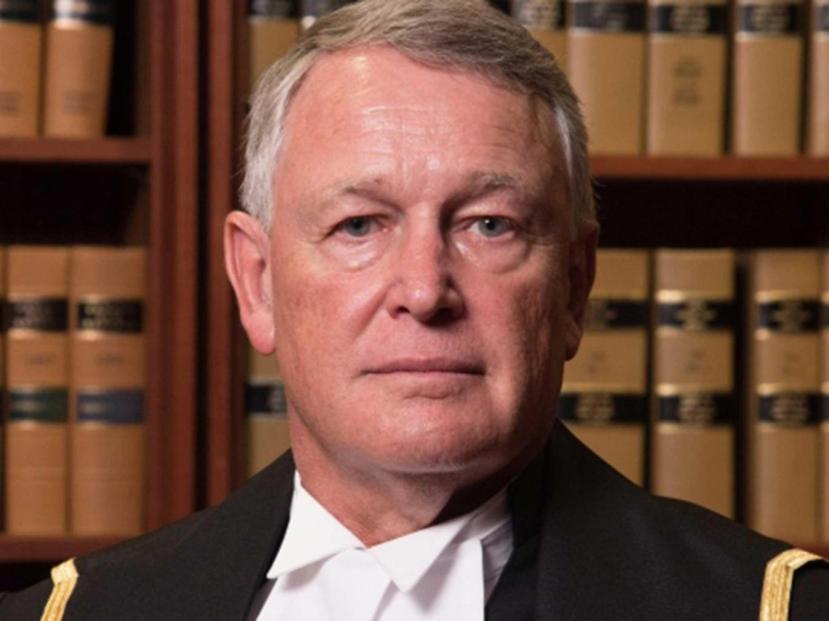 Sudac R. Camp, lice pravde ili lice nepravde.
