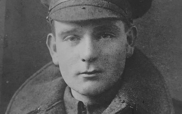 Vojnik Robert W. J. keating je sudjelovao u božićnom primirju 1915.