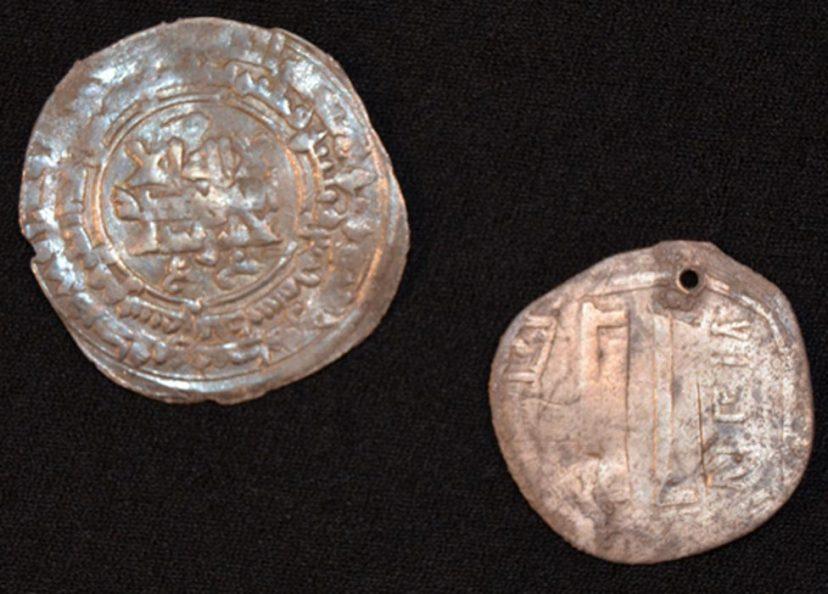 Bakrijski srebrenjak u grobu Vikinga.