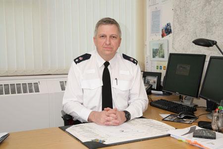Gavin Thomas u svom uredu.