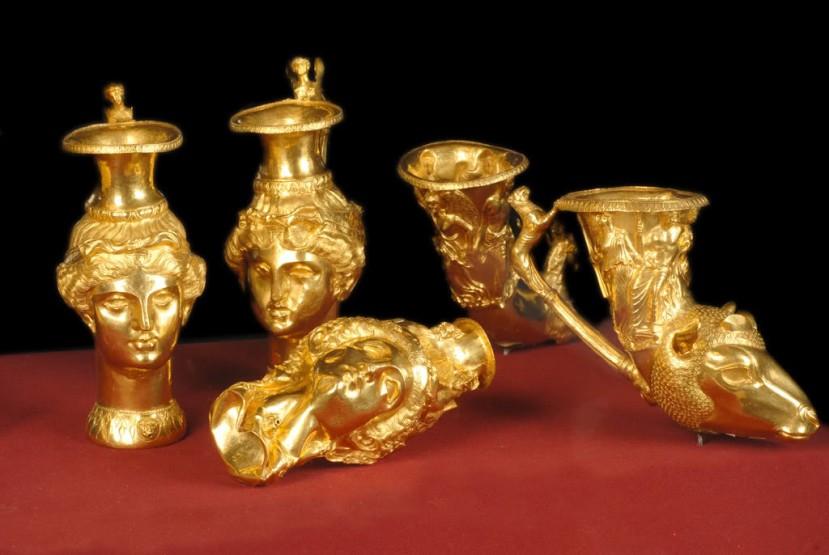 Tračanske zlatne amfore iz Bugarske.