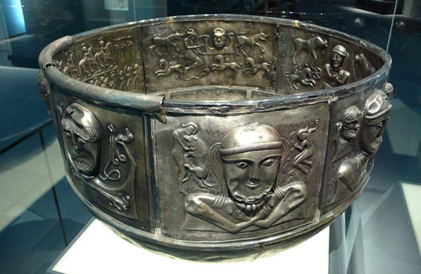 prapovijesna tračanska srebrenina otkrivena u Danskoj.