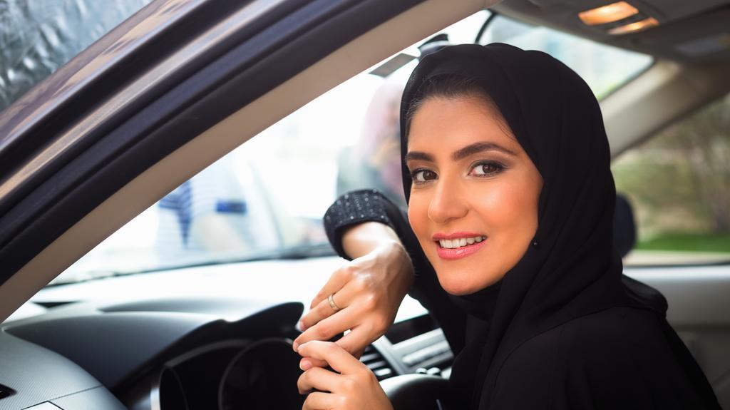 Saudijke dobile pravo za upravljanje automobilima ali…
