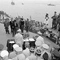 japanci potpisuju bezuvjetnu predaju na USS Missouri 1945