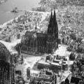 katedrala u kelnu nakon bombardiranja 1944