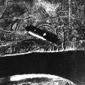 Nijemci bacaju bombu na uništeni Staljingrad