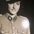 Nijemica u SS uniformi