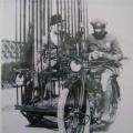 Policijski motor sa zatvorenikom, izum tvornice Harley & Davidson početkom XX. vijeka.