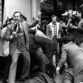 trenutak nakon atentata nad Ronaldom Reaganom