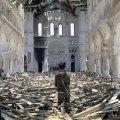 uništena katedrala u La Vangu, Vijetnam 1972.